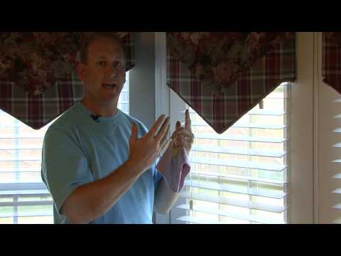 Home Maintenance : How to Clean Vinyl & Plastic Blinds