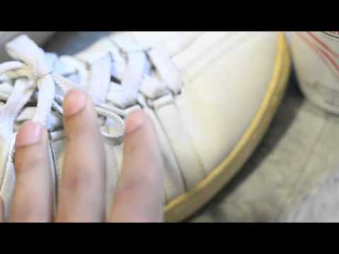 Whiten Yellowing Shoes with Salon Care 40 Volume Creme