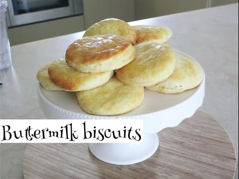 Easy Buttermilk Biscuits Recipe | bakingwithdella