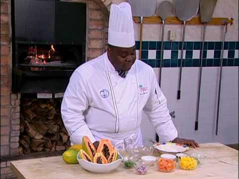 Bahama Breeze: Papaya and Mango Salsa