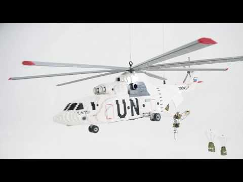Building Awesome: LEGO® Brick MI-26 Helicopter