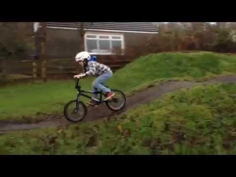 Pump track BMX Bike fast fun riding