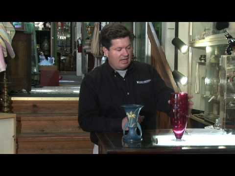 About Antiques : About Antique Vase Values