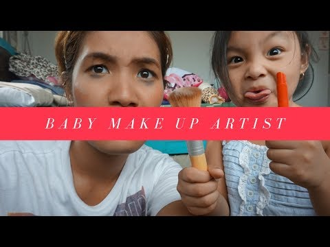 toddler does her nanay's make up I Playtime with Eleina