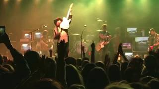 Brothers Osborne-Ain't My Fault With Guitar Solo