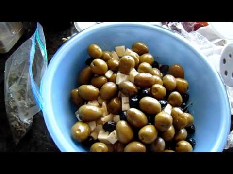 Olive Salad (The No Nothing Cook's Version)