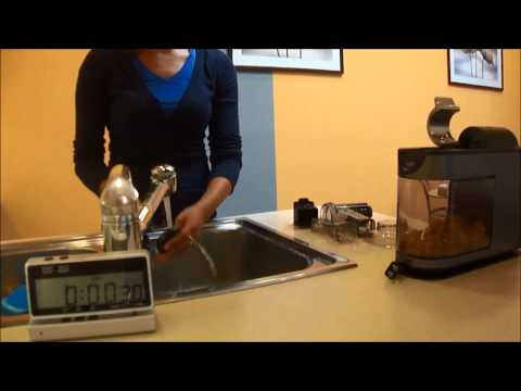 How to clean the Masticating juicer