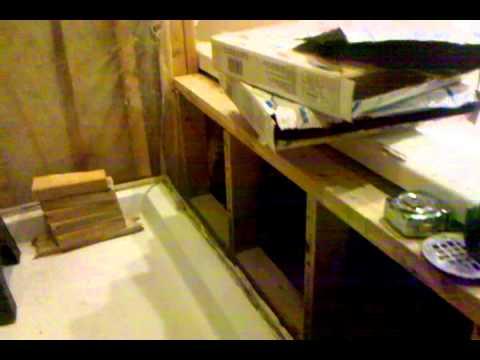 Bathroom kneewall & flooring layout