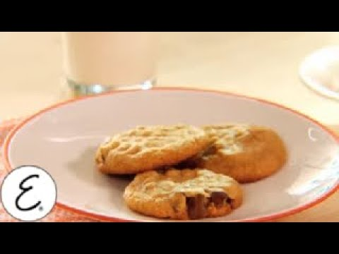 Gluten-Free Peanut Butter and Chocolate Chip Cookie Recipe - Emeril Lagasse