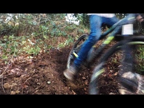 BUILDING A LOAM TRAIL!!!!!!!!