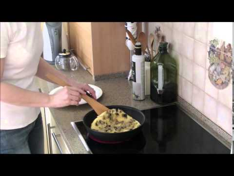 How To Make An Omelette With Mushrooms - Delicious Breakfast!