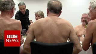 Nudist restaurant opens in Paris - BBC News