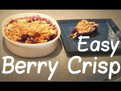 Easy Blueberry Crisp - 4 Ingredients, 5 Minutes