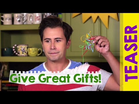 HOW TO GIVE GREAT HOLIDAY GIFTS