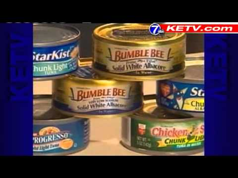 Testers Recommend Canned Salmon Over Tuna