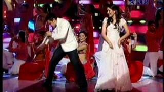 Aamir & Kareena at 55th Filmfare Award Show