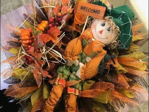 DIY Fall wreath tutorial Deco Mesh and Burlap