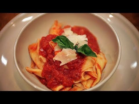 How to Make Pasta: Basic Pasta Recipe 101