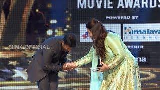 Kannada Power Star Puneeth Rajkumar's Heartfelt Greetings To Kushboo Sundar