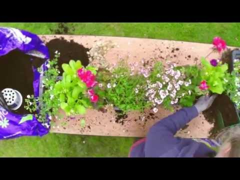 Garden Hacks - How to Make Window Boxes