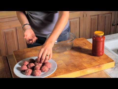 How to Make Spaghetti & Meatballs