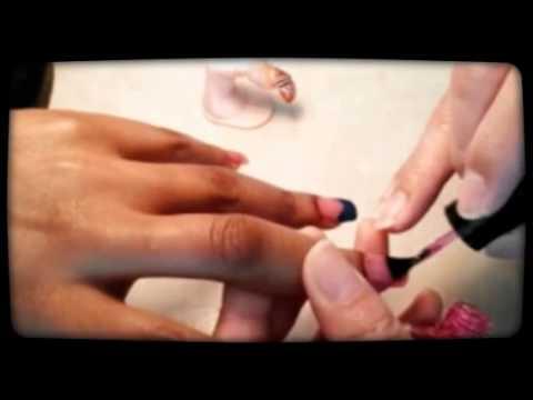 Acrylic nails design  with shiny stone