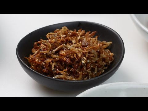 Myeochi Bokkeum, Stir-fried Mini Anchovies - Crazy Korean Cooking EXPRESS