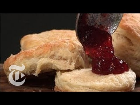 How to Make Buttery Biscuits: Thanksgiving Recipes - Melissa Clark | The New York Times