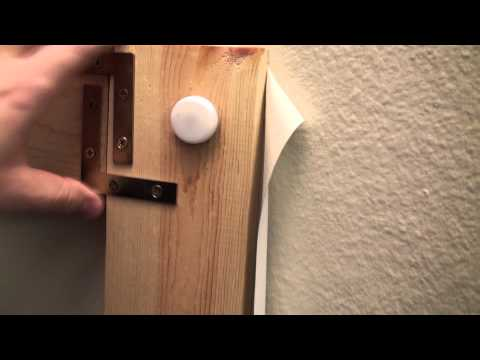 How to build a projector screen under $45 - For dummies