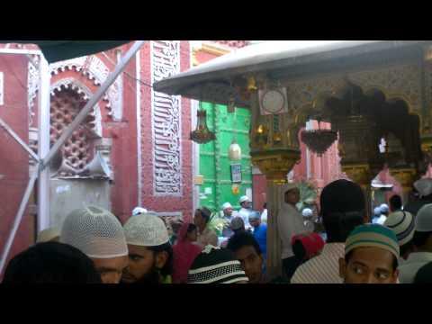 Dargah Hazrat Nizamuddin - New Delhi