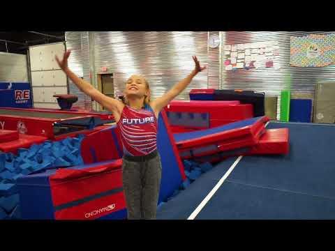 Walking onto the Floor with Olivia | Team Jumptwist