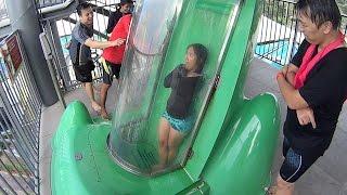 The Goop Loop Slide at Cartoon Network Amazone Waterpark