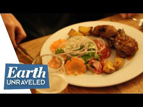 Weird Peruvian Food - The Search for Cuy...Roasted Guinea Pig Inca Grill - Cusco, Peru cuisine 🇵🇪