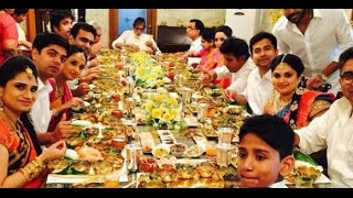 Amitabh Bachchan Having Dinner In Gold Plates With Kalyan Jewellers Family
