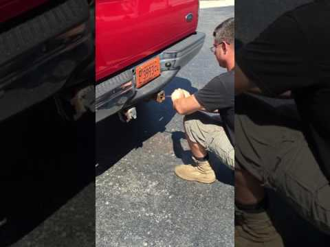 How to clean a trailer hitch