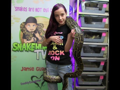 How To Pick Up A Snake & NOT Be Afraid!