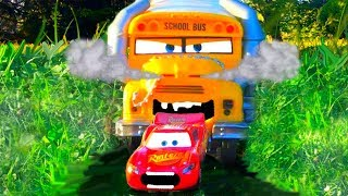 Disney Cars Lightning McQueen Dreams of Dinoco Sponsorship, Chased by Miss Fritter Cars Toy Movie HD