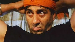 Sunny Deol save Abbas from air bomb blast - Champion Movie - Action Scene