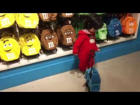 Journey to Vegas - Visit to M&M World Store in Las Vegas - Star Wars M&M by FamilyToyReview