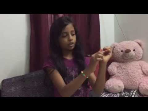 Easy LOOMBAND Tricks in 2 minutes with four fingers