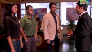 Ek Aadmi Teen Haath : Episode 982 - 27th July 2013