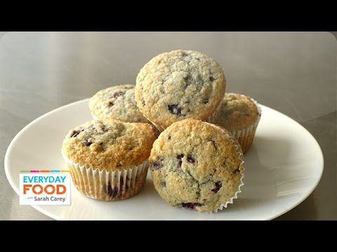 Blackberry-Oat Bran Muffins - Everyday Food with Sarah Carey