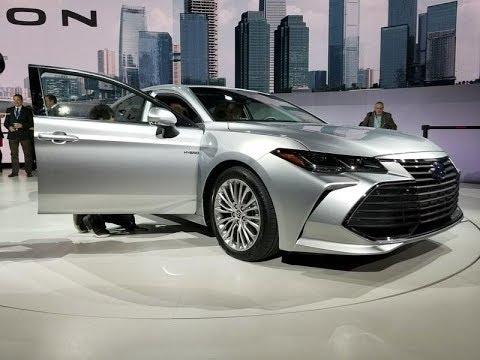Toyota Avalon First Look Exterior-interior Design Review.