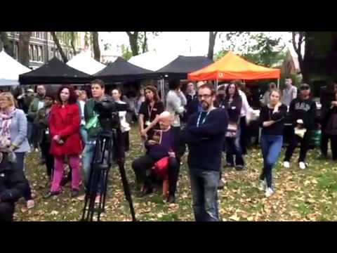Camden and Islington NHS Foundation Trust - Jeremy Corbyn opens our family fun day
