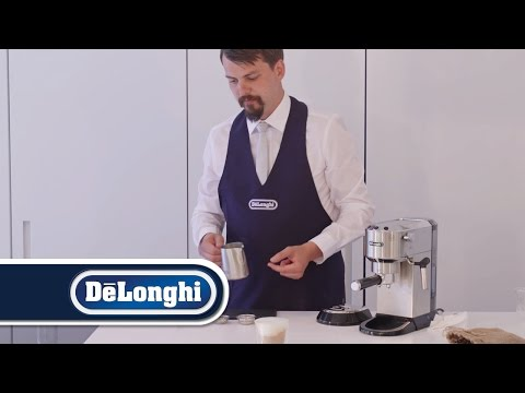 De'Longhi | How to froth milk for a cappuccino