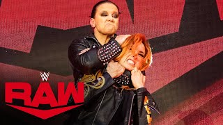 Shayna Baszler slams Becky Lynch head-first into the announce table: Raw, March 30, 2020