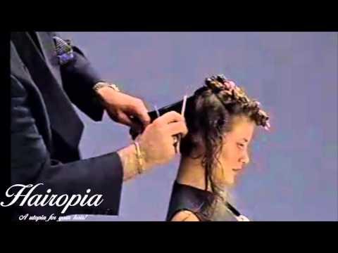 Hairopia 32 - curly medium length blond hair to chin length haircut makeover
