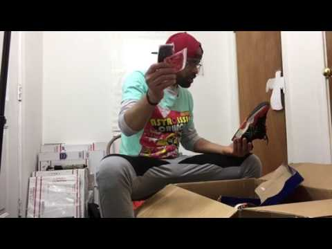 DS Jordan 11 Concord! $810 Beater Box From Sole Supremacy Box Full Of Heat! Sneaker Unboxing!