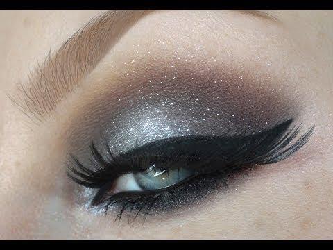 Metallic Grey Silver Glitter Smokey Eyes Makeup Tutorial