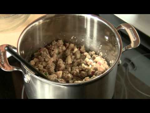 How to Make French Apple Sausage Stuffing
